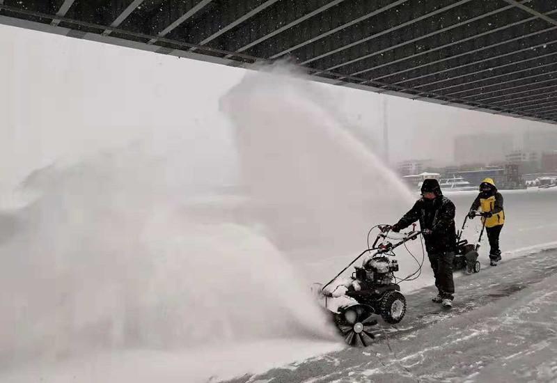 金恺扫雪机在大雪中用出色表现赢得口碑
