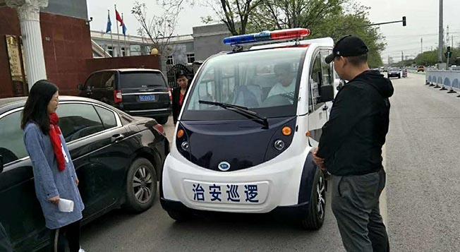 金恺巡逻车上岗王四营乡社区