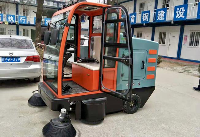 清洁厂区 北京扫地车功不可没
