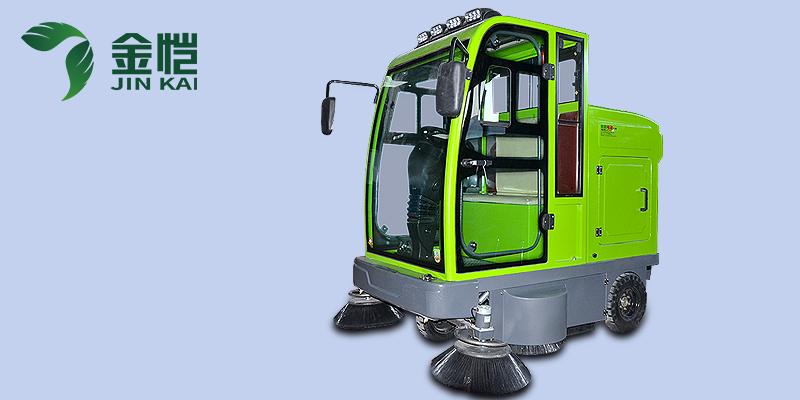 雨雪天使用扫地车需要注意什么